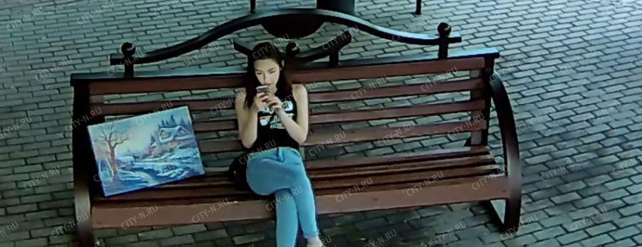 Хулиганы на улице поймали девушку и износ жёсткое видео бесплатно фото 334-796