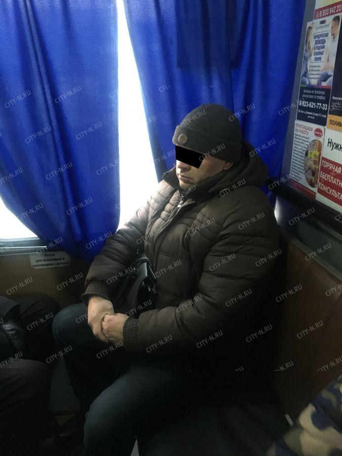 2d1ddcc146c Новокузнечанин избил женщину в маршрутке и сказал